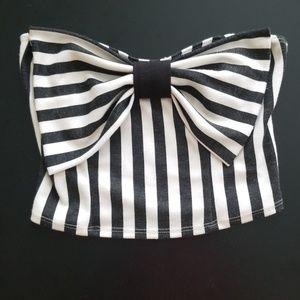 Black & white stripes Crop top